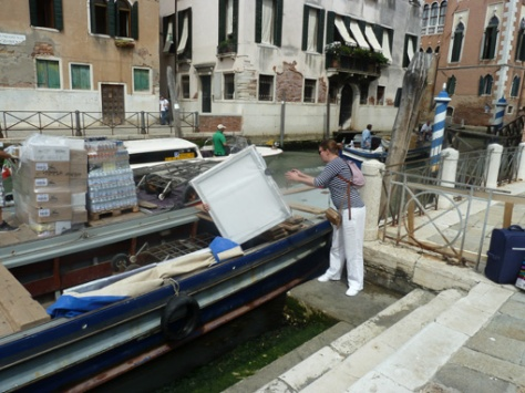 de transportboot aan de Campo San Lorenzo